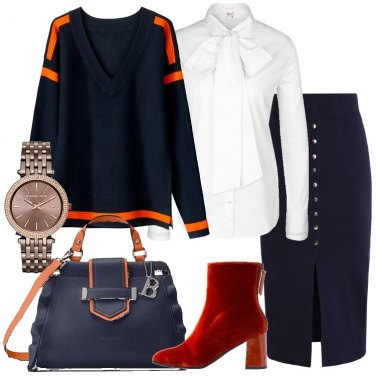 Outfit Blu e tocchi di arancione