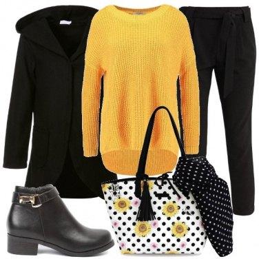 Outfit Giallo girasole