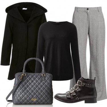 Outfit Gli stivaletti con le borchie