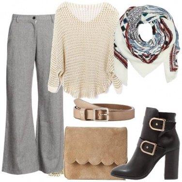 Outfit Il foulard a fantasia