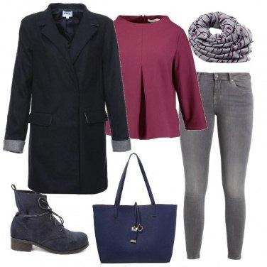 Outfit Camicetta e foulard