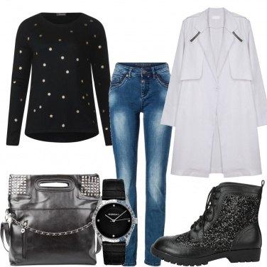 Outfit Borsa e borchiette
