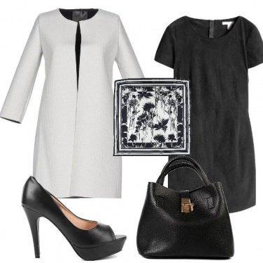 Outfit Elegante in bianco e nero