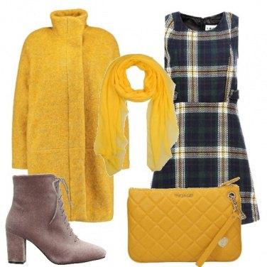 Outfit Vestito scozzese