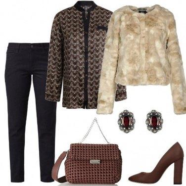 Outfit In nero e marrone
