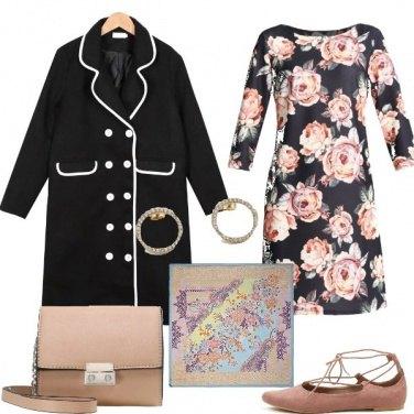 Outfit Le rose sul vestito
