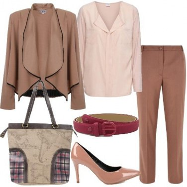 Outfit Pantalone in misto lana