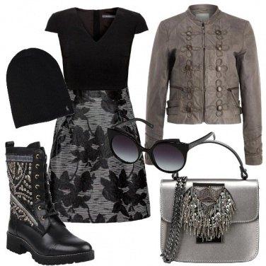 Outfit Vestito e anfibi