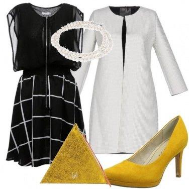 Outfit Il giallo che da colore