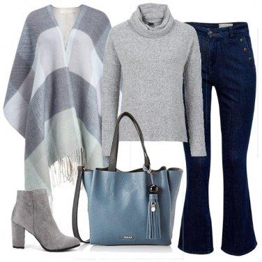 Outfit Mantella e dolcevita