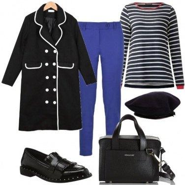 Outfit Il cappotto con orlo a contrasto