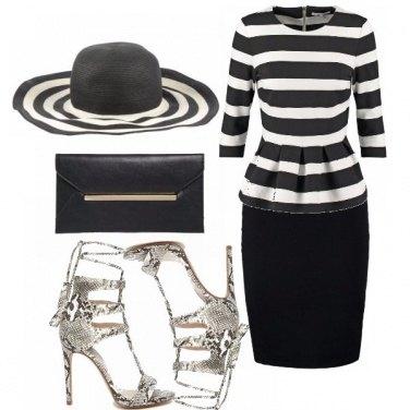 Outfit Inviti...