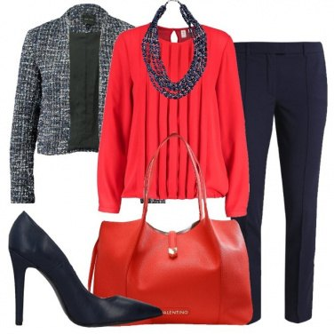 Outfit Chic in rosso e blu