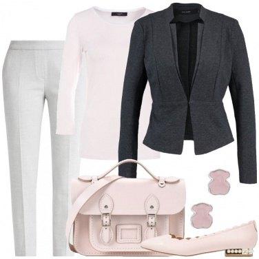 Outfit In rosa e grigio