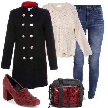 Outfit Semplicità e accenni di originalità