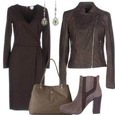 Outfit Il vestito formale in chiave rock