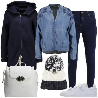 Outfit Il cappotto blu notte