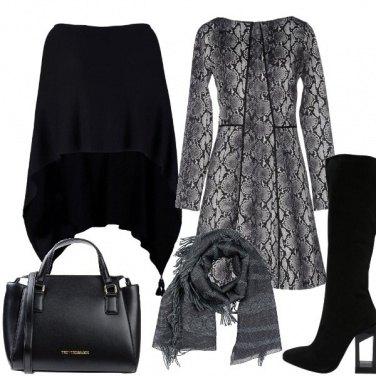 Outfit Vestito e mantella