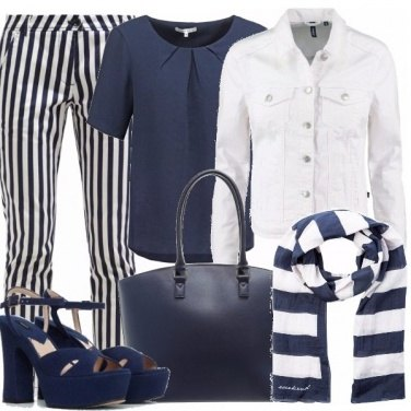 Outfit Blue lines
