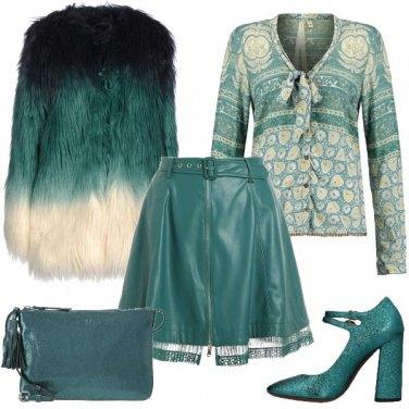 Outfit Tra il verde e il turchese
