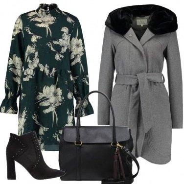 Outfit Abito verde a fiori