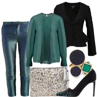 Outfit Chic e brillante in verde