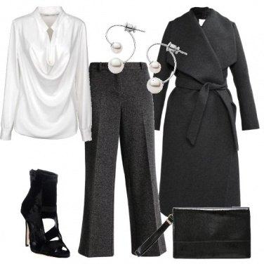 Outfit Classico con un tocco di grinta