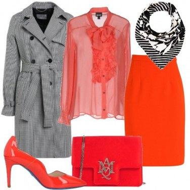 2b6f60645a33 Rosso anche in ufficio  outfit donna Chic per ufficio e serata fuori ...
