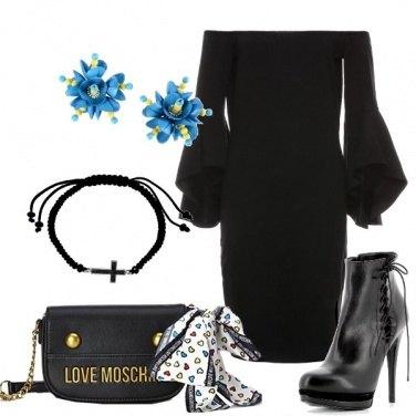 Outfit Abito nero e accessori originali