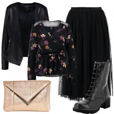Outfit Fiori e tulle