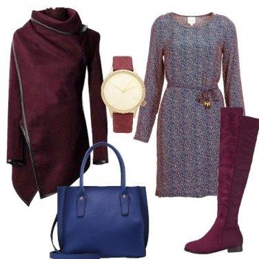 Outfit Piccola in rosso bordeaux e blu