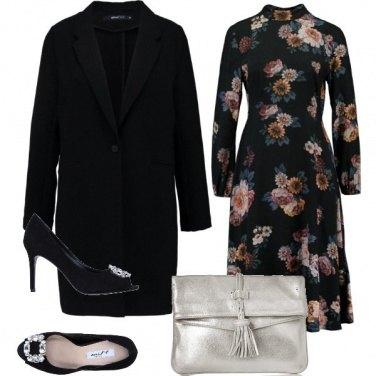 Outfit Fiori sul vestito