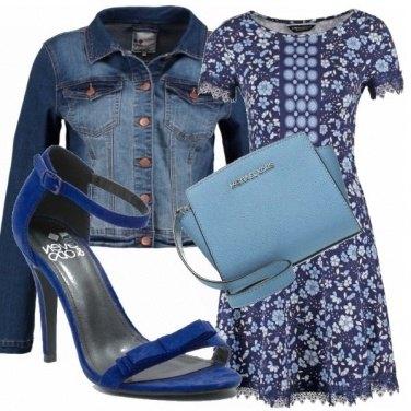 Outfit Il blu fa subito primavera...