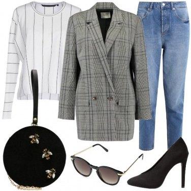 Outfit Mix di scacchi e righe