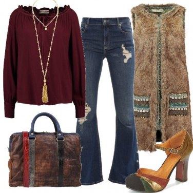 Outfit Pantaloni a zampa