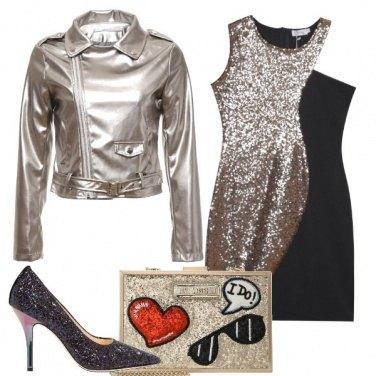 Outfit Tutta in glitter e paillettes