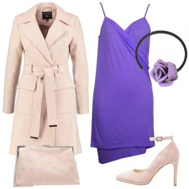 Outfit L\'abito avvolgente viola
