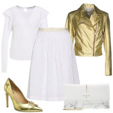 Outfit Oro e bianco al party