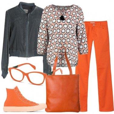 Outfit Dall\'arancio al grigio
