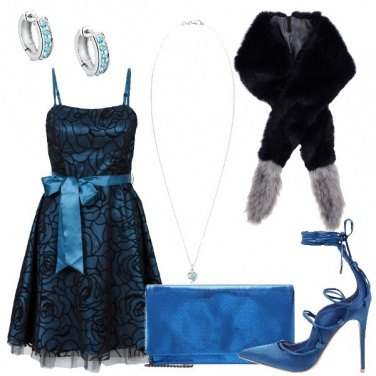 Outfit Cocktail in blu