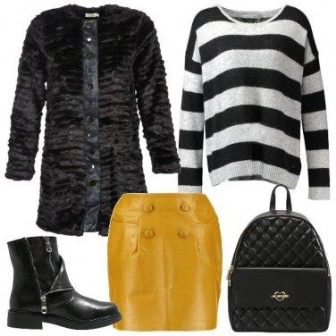 Outfit La minigonna in ecopelle