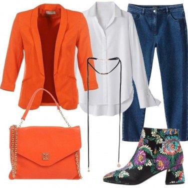 Outfit Color arancio