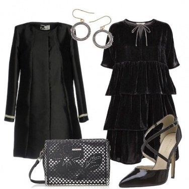 Outfit Vestito a balze