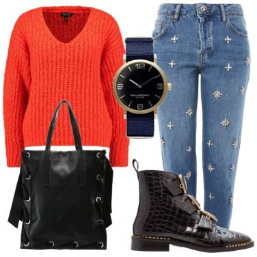Outfit Jeans con applicazioni
