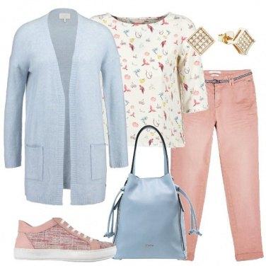 Outfit Delicati colori pastello