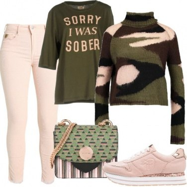 Outfit Fantasie in rosa e verde military