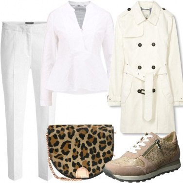 Outfit In total withe e animalier
