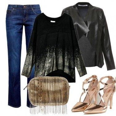 Outfit Borsa e scarpe oro