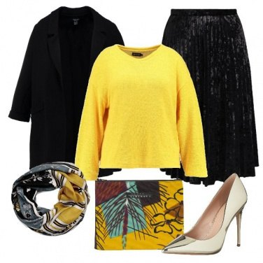 Outfit Il pullover giallo