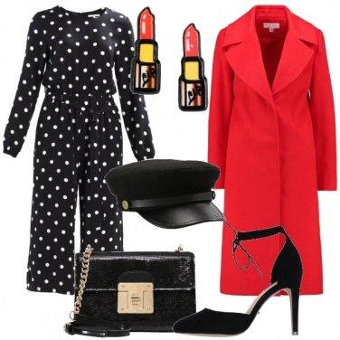 Outfit Rossetto rosso e cappello